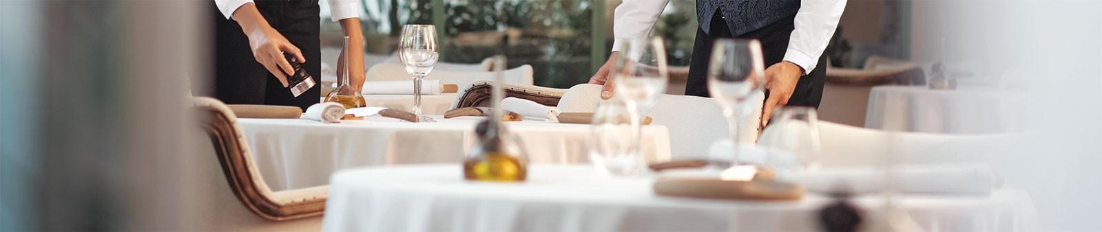 Zapatos de trabajo para camarero y recepcionista